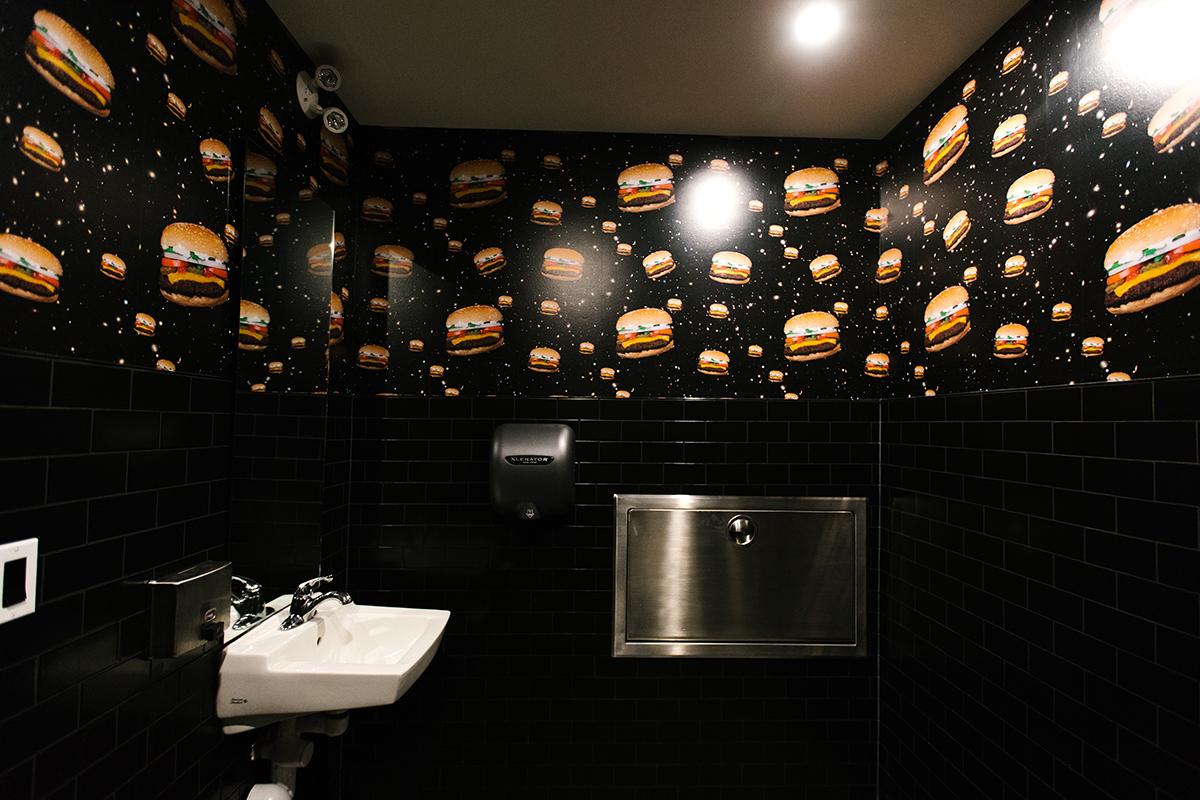 boogies-burgers-leading-edge-developments-calgary-06